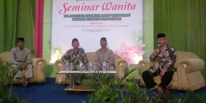 Seminar Wanita DPW LDII Jawa Timur 2011